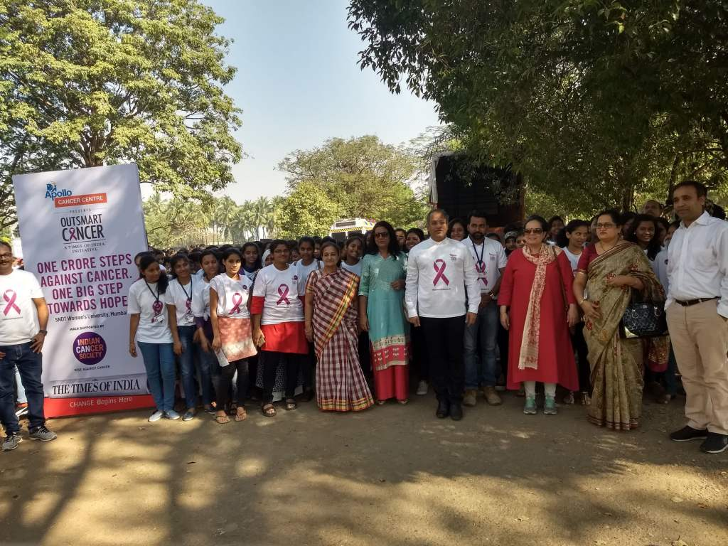 500 Women gather for Cancer Awareness 'Walkathon'
