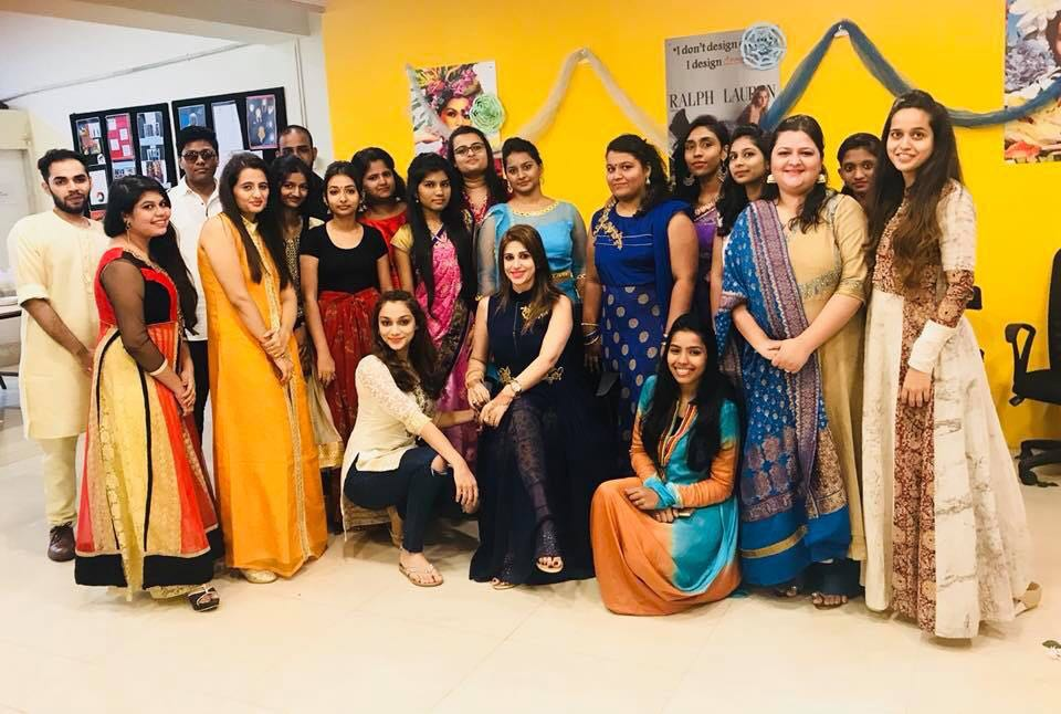 Open house session​ for ​the ​Students Of Fashion and Jewellery Design