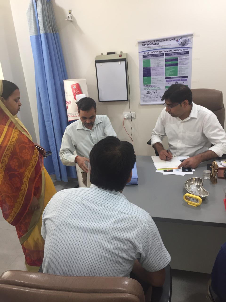 Awareness on robotic and laparoscopic surgeries for cancer in Gorakhpur
